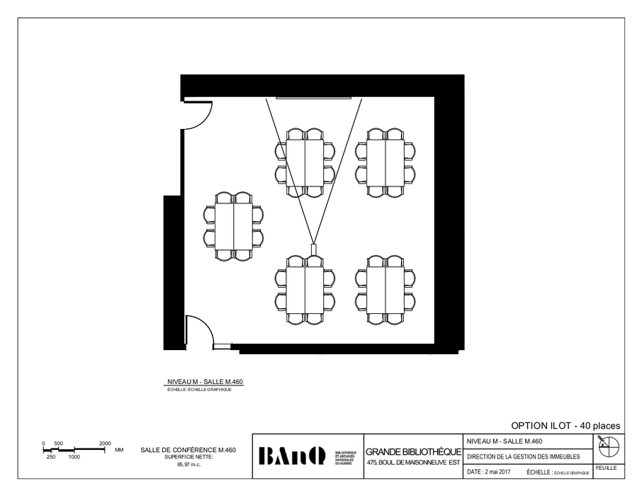 Plan of the room - Banquet-style layout - 40 seats - The plan displays tables and chairs forming five clusters of eight seats each.